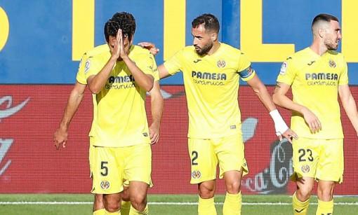 Alcacer ghi bàn đưa Villarreal lên đầu bảng