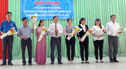 Hiệp thương cử bà Huỳnh Thị Kim Thương giữ chức Chủ tịch Ủy ban MTTQ Việt Nam huyện Chợ Lách