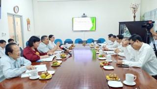 Đoàn đại biểu Quốc hội đơn vị tỉnh làm việc với Công ty Điện lực Bến Tre
