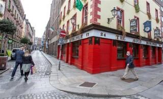Ireland trở thành quốc gia EU đầu tiên tái áp đặt lệnh phong tỏa