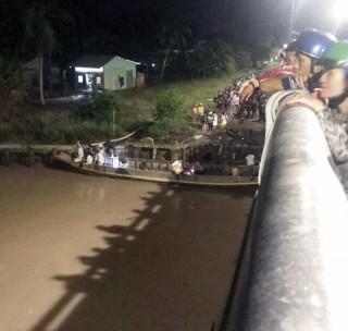 Lật ghe trên sông làm hai người tử vong và mất  tích
