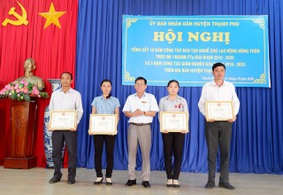 Thạnh Phú tổng kết 10 năm công tác đào tạo nghề cho lao động nông thôn