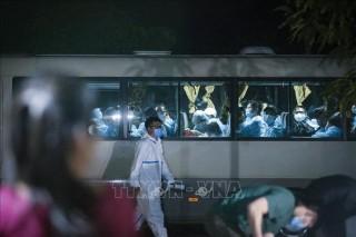 Việt Nam thêm 3 trường hợp mắc mới COVID-19, đã được cách ly ngay sau khi nhập cảnh
