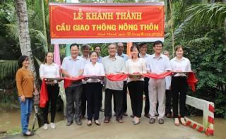 Khánh thành cầu bê-tông liên ấp xã Bình Thành