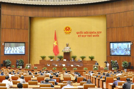 Thông cáo báo chí số 4 Kỳ họp thứ 10, Quốc hội khóa XIV
