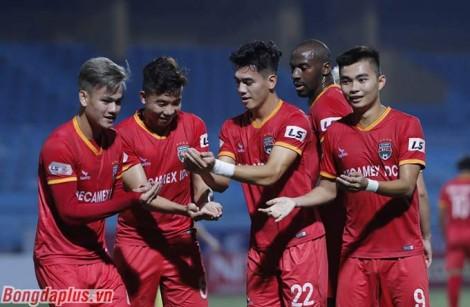 Hà Nội lên đầu bảng V.League