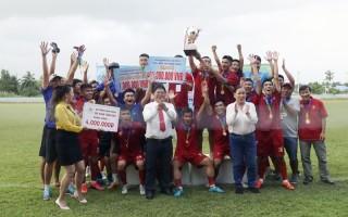 Đội Doanh nghiệp Huỳnh Long Hải vô địch Giải Bóng đá tỉnh 2020