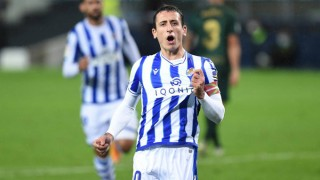 Oyarzabal và Silva giúp Sociedad lên đỉnh La Liga