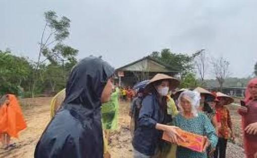 Chấn chỉnh hoạt động tổ chức vận động, quyên góp tự nguyện hỗ trợ người dân vùng bị thiên tai