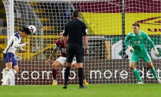 Son - Kane lại cùng nhau tỏa sáng, Tottenham lên vị trí thứ 5