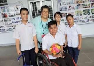 Khám sàng lọc bệnh cho người khuyết tật