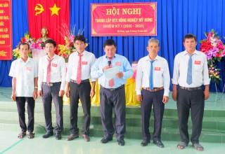 Đại hội thường niên Hợp tác xã nông nghiệp xã Vĩnh Bình