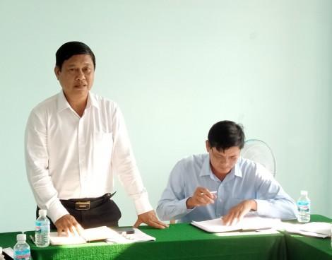 Huyện ủy Ba Tri làm việc với Đảng ủy xã Mỹ Hòa