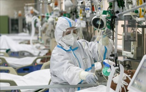 Nhiều nước châu Âu tiếp tục ghi nhận số ca nhiễm mới virus SARS-CoV-2 cao kỷ lục