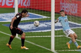 Thắng Celta tưng bừng, Sociedad giành lại ngôi đầu bảng