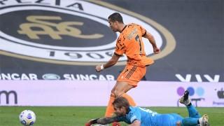 Ronaldo thăng hoa giúp Juve đại thắng