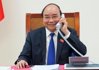 Thủ tướng Nguyễn Xuân Phúc điện đàm với Thủ tướng Thái Lan