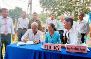 Chủ tịch UBND tỉnh dự Ngày hội đại đoàn kết toàn dân tộc tại ấp An Thuận