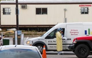 Thủ tướng Canada: Cuộc chiến chống dịch COVID-19 còn lâu mới kết thúc