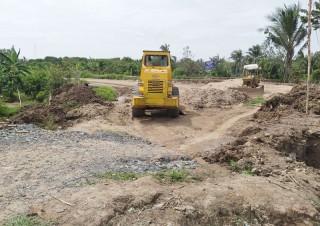 Người dân Phú Túc nhiệt tình hưởng ứng xây dựng cầu đường