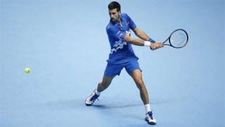 Djokovic thắng áp đảo trận đầu ATP Finals 2020