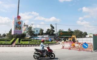 Sửa chữa mặt đường, sơn gồ giảm tốc đảm bảo an toàn giao thông