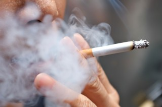Hút thuốc lá - yếu tố nguy cơ của tăng huyết áp và các bệnh tim mạch
