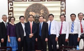 Chủ tịch UBND tỉnh Trần Ngọc Tam chào xã giao và làm việc với Tổng lãnh sự quán Thái Lan, tại TP. Hồ Chí Minh
