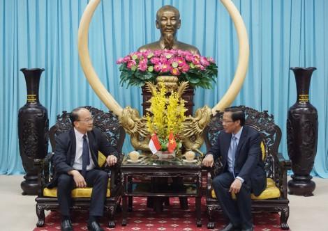 Bí thư Tỉnh ủy Bến Tre tiếp Tổng lãnh sự nước Cộng hòa Singapore tại TP. Hồ Chí Minh
