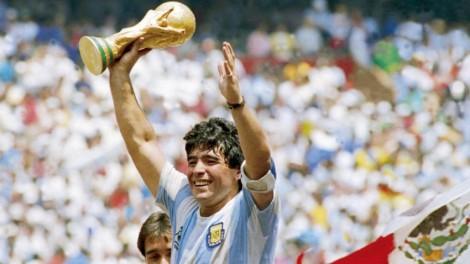 Tin bóng đá 26-11-2020: FIFA treo áo số 10 vĩnh viễn để vinh danh Maradona?