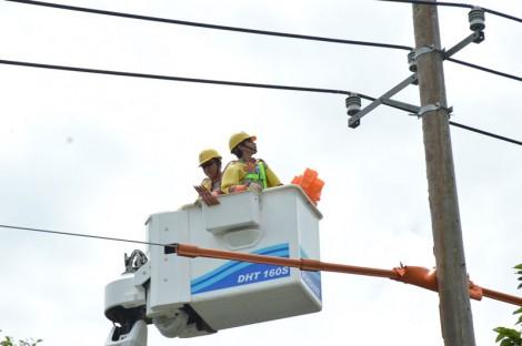 Đến cuối năm 2020, ngưng thu tiền điện tại nhà khách hàng