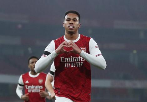 Arsenal thất bại thứ 3 liên tiếp ở Ngoại hạng Anh