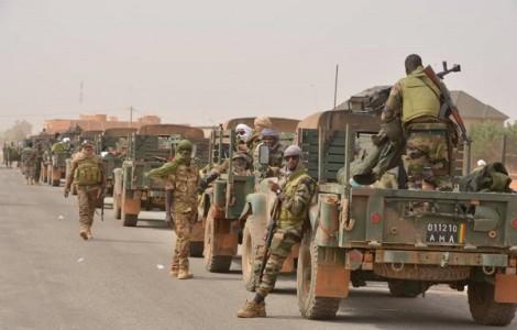 Ba căn cứ của quân đội Pháp ở Mali bị tấn công