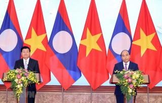 Thủ tướng Lào Thongloun Sisoulith kết thúc chuyến thăm Việt Nam