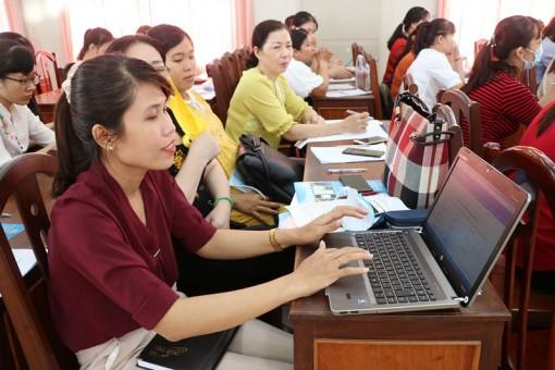 TP. Bến Tre tập huấn dịch vụ công trực tuyến cho  giáo viên các trường mầm non