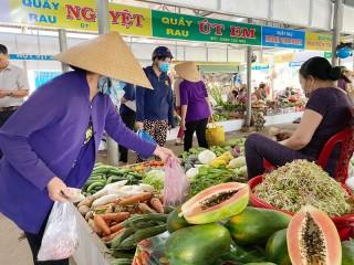 Chợ thí điểm bảo đảm an toàn thực phẩm Cầu Móng