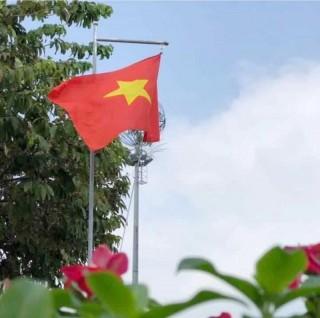 Thông báo treo cờ Tổ quốc và nghỉ Tết dương lịch 2021