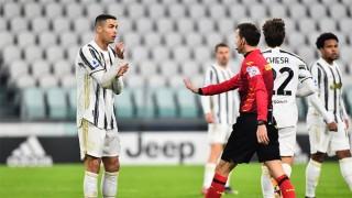 Ronaldo 'tịt ngòi', Juve đứt mạch bất bại ở Serie A bằng trận thua muối mặt