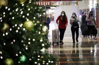 Mỹ khuyến cáo đón Giáng sinh tại nhà, nhiều nước có ca mắc và tử vong tăng mạnh