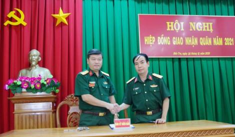Bộ Chỉ huy Quân sự tỉnh Bến Tre tổ chức hiệp đồng giao, nhận quân năm 2021