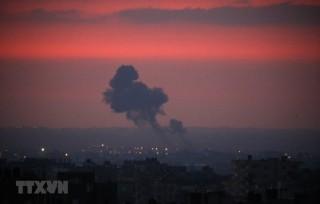 Không quân Israel không kích các mục tiêu Hamas ở Dải Gaza