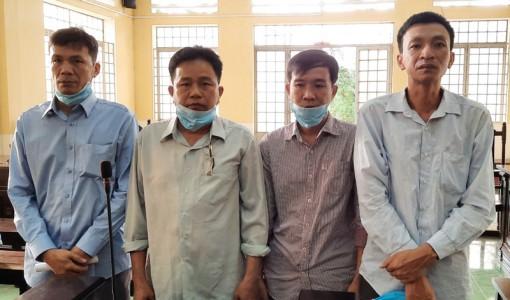4 bị cáo lãnh án tù về tội đánh bạc
