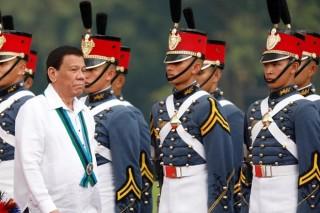 Đội cận vệ của Tổng thống Philippines được tiêm vắcxin ngừa COVID-19