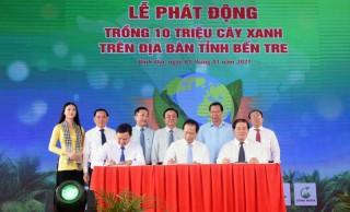 Phó thủ tướng Trương Hòa Bình dự lễ phát động trồng 10 triệu cây xanh tại Bến Tre