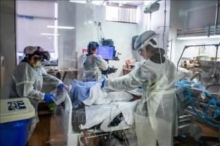Thế giới vượt 85 triệu ca bệnh, các nước tiếp tục siết chặt phòng dịch