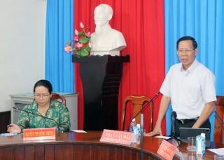 Bí thư Tỉnh ủy Phan Văn Mãi làm việc với Thường trực Huyện ủy Mỏ Cày Nam