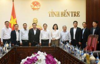 Lãnh đạo UBND tỉnh tiếp và làm việc với Tập đoàn Samsung Việt Nam