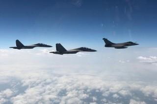 Hàn Quốc-Mỹ tiến hành tập trận không quân trong bối cảnh dịch COVID-19