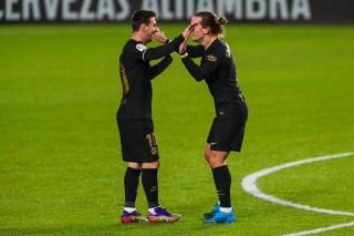 Ngày thăng hoa của Messi và Griezmann