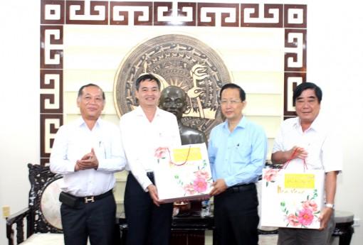 Tổng công ty Điện lực miền Nam thăm, làm việc với lãnh đạo UBND tỉnh